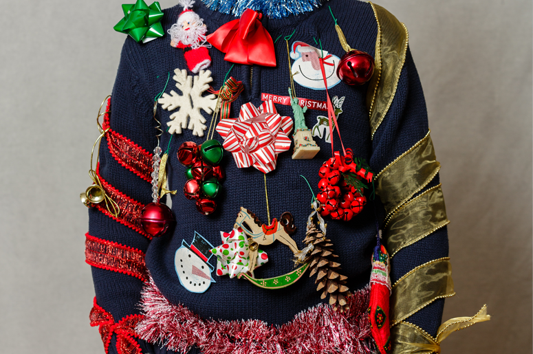 775x515-UGLY-CHRISTMAS-SWEATER-1